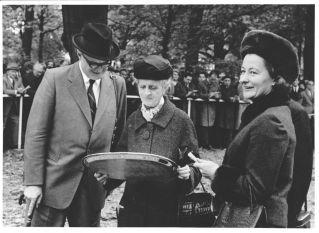 10 Jahre vor Königsstuhls Geburt Kurt,Clara und Hela Bresges 1966. Foto Archiv Gestüt Zoppenbroich www.gestuet-zoppenbroich.de