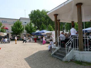 Das offene Gelände gefiel den Testern, besonders aber die Live-Musik aus dem Musikpavillon. Foto: Karina Strübbe