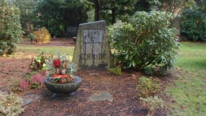 Das Grab von Otto Schmidt auf dem Dortmunder Zentralfriedhof. Foto: Joachim Möller